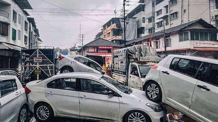 महाराष्ट्र के सांसदों ने की वित्तमंत्री सीतारमण से मुलाकात, बाढ़ पीड़ितों के बीमा दावों के तेजी से निपटान की मांग