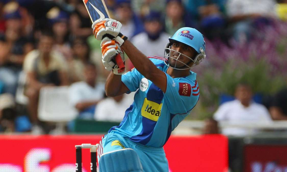 Indian player abhishek nayar dinesh karthik shreyas iyer retirement  domestic first class cricket mumbaiकभी किया दिनेश कार्तिक को कमरे में बंद,  अब 15 साल बाद इस खिलाड़ी ने घरेलू क्रिकेट से ...