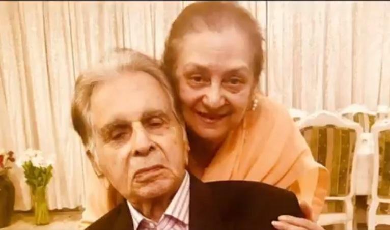 Dilip Kumar Health Update: दिलीप कुमार की तबीयत ठीक, रिपोर्ट आने के बाद  डिस्चार्ज का होगा फैसला - India TV Hindi News