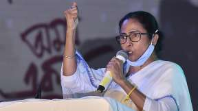 कूच बिहार हिंसा: ममता बनर्जी ने अमित शाह से मांगा इस्तीफा, बंगाल में प्रदर्शन करेगी TMC- India TV Hindi