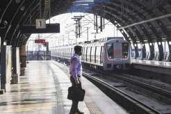 Delhi Metro services resume on all lines; to be normal on Saturday- India TV Hindi