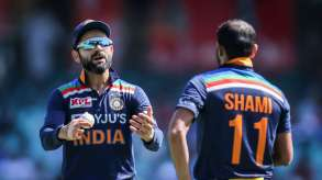 Ind VS Aus 2020 live cricket score 1st ODI india vs australia today match ball by ball updates in h- India TV Hindi