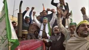 BKU leader Rakesh Tikait blames Delhi Police for violence during Tractor Rally latest news- India TV Hindi