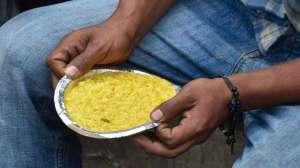 Aligarh, Aligarh Hungry Mother, Aligarh Starvation, Aligarh Lockdown- India TV Hindi