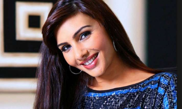 अभिनेत्री सोमी अली ने बयां किया अपना दुख, 5 साल की उम्र में हुआ था दुष्कर्म actress somi ali had harnessed in her childhood - India TV Hindi News