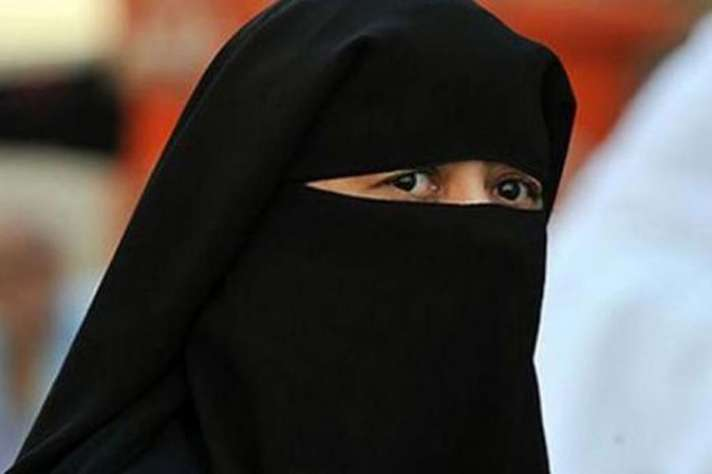 muslim-man-gives-triple-talaq-to-wife-over-phone-from-saudi-arab
