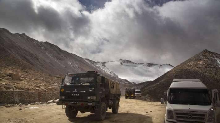 लद्दाखः गलवान घाटी सहित 3 स्थानों पर पीछे हटे चीनी सैनिक- सूत्र - India TV Hindi