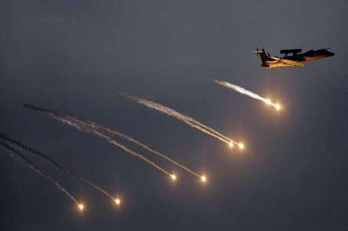 Balakot Air Strike: 'बंदर मारा गया', मिसाइल गिराने के 15 मिनट बाद जब एयर चीफ ने डोभाल को किया फोन - India TV Hindi News