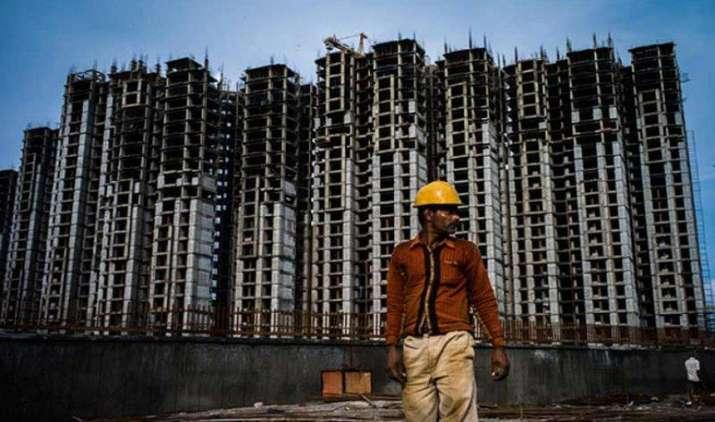2015-16 में घरों बिक्री 2.2 फीसदी घटी, अगले साल मार्च से लौट सकती है तेजी- India TV Paisa