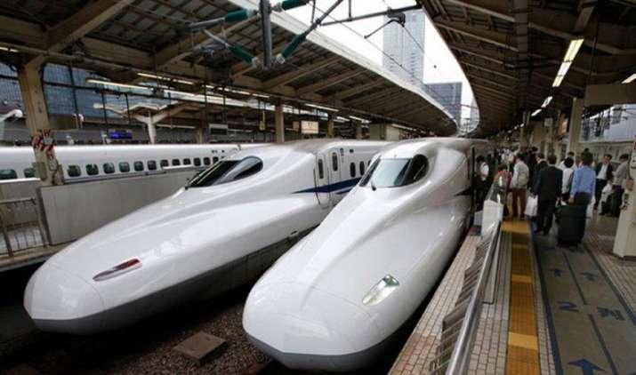 सस्ता ही होगा बुलेट ट्रेन का किराया, रेलवे मिनिस्टर पीयूष गोयल ने दिए संकेत- India TV Paisa