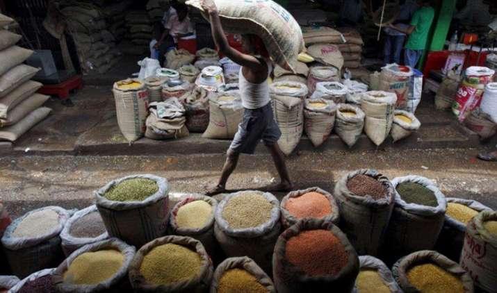 दालों का उत्पाद बढ़ाने पर जोर, 425 रुपए क्विंटल तक बढ़ा MSP, बोनस भी देगी सरकार- India TV Paisa