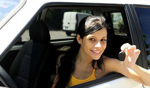 UP में बाइक और कार के लिए बनवाने होंगे अलग ड्राइविंग लाइसेंस, आज से लागू हुआ नियम- India TV Paisa