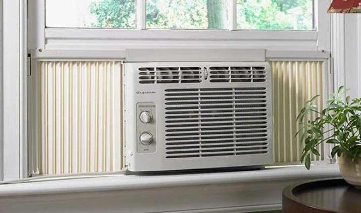 Summer Special: कम खर्च में घर हो जाएगा कूल, ये हैं 20,000 रुपए से सस्ते विंडो AC- India TV Paisa