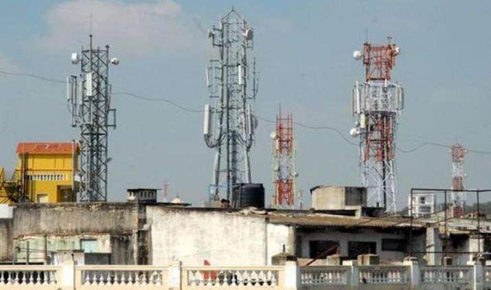 दूरसंचार विभाग ने मोबाइल टावर रेडिएशन पर शुरू किया तरंग संचार पोर्टल, लोगों की आशंकाएं करेगा दूर- India TV Paisa