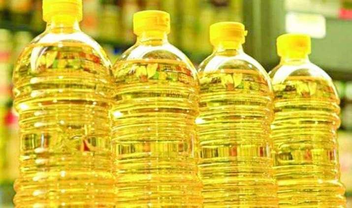 फेस्टिव सीजन में समोसे, नमकीन और पूरियों का स्वाद पड़ेगा आपकी जेब पर भारी, खाद्य तेल हुआ 10% महंगा- India TV Paisa
