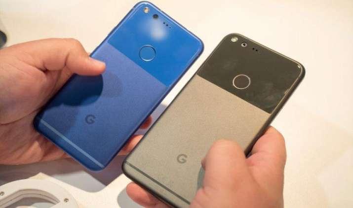 Google इस साल लांच करेगी नया पिक्सल फोन, iPhone 7 और iPhone 7 Plus को देगी चुनौती- India TV Paisa