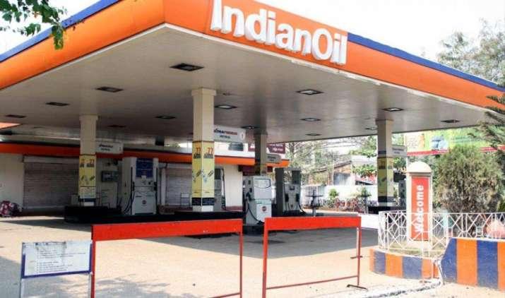 बंद रहेंगे Petrol Pump! अपनी मांग को लेकर पेट्रोलियम डीलर्स करेंगे विरोध प्रदर्शन, आपको होगी परेशानी- India TV Paisa
