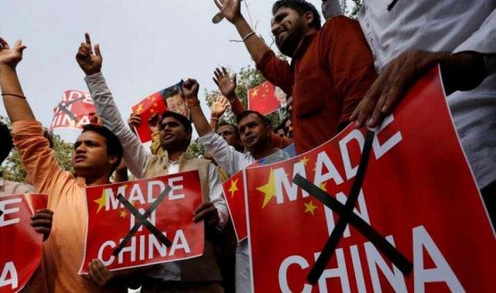 देसी प्रोडक्ट्स के प्रति बढ़ा भारतीयों का आकर्षण, लगातार घट रही है चाइनीज चीजों की मांग: रिपोर्ट- India TV Paisa