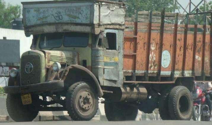 NGT ने 10 साल पुराने डीजल वाहनों के मामले में केंद्र सरकार के रुख पर उठाया सवाल- India TV Paisa