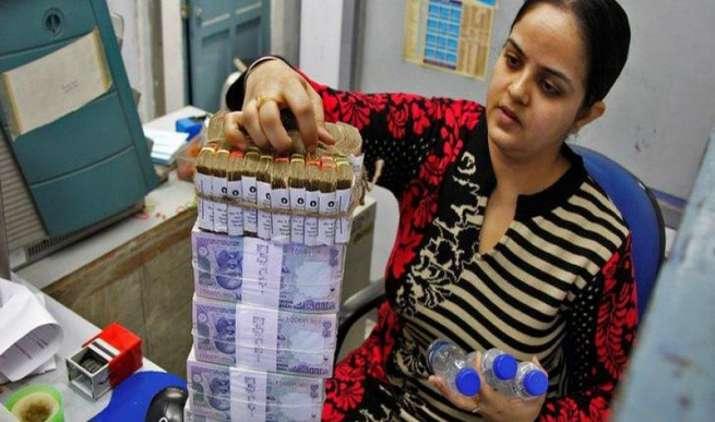 भारत का राजकोषीय घाटा अप्रैल-नवंबर में रहा 4.58 लाख करोड़ रुपए, पूरे साल के लक्ष्य का है 86 प्रतिशत- India TV Paisa