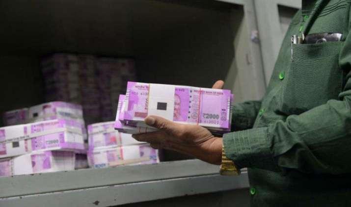 अप्रैल-अक्टूबर में डायरेक्ट टैक्स कलेक्शन 15% बढ़ा, सरकार के पास आए 4.39 लाख करोड़ रुपए- India TV Paisa