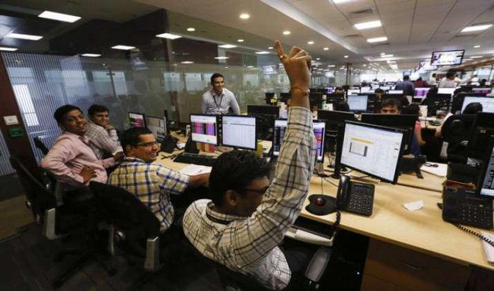 रिकॉर्ड ऊंचाई पर पहुंचा शेयर बाजार, निफ्टी 10,150 के पार, सेंसेक्स में भी उछाल- India TV Paisa