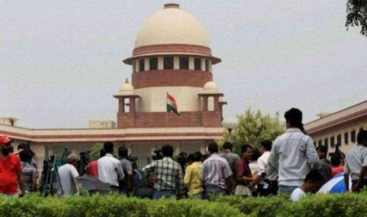 उच्चतम न्यायालय ने कहा : BS-IV लागू करने के प्रयासों में अड़चन न बनें वाहन कंपनियां- India TV Paisa