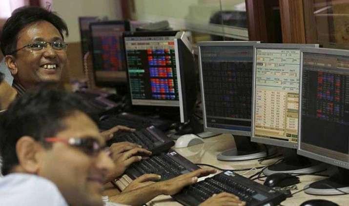 Make Money: बड़ी नहीं इन छोटी कंपनियों के शेयरों में बनेंगे पैसे, शॉर्ट टर्म के लिए लगाए दांव- India TV Paisa