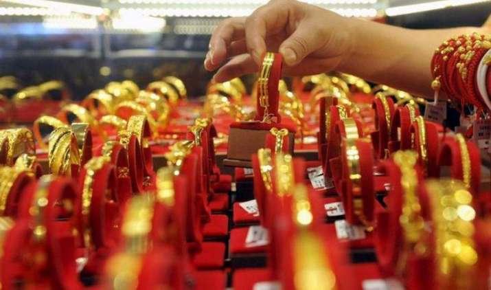 Gold extends losses: सोना और चांदी दोनों हुए सस्ते,  2016 में सोने की मांग 21 प्रतिशत घटी- India TV Paisa