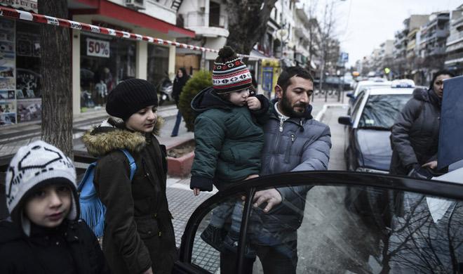World War II bomb defused in Greece, 70,000 evacuees heading home | AP Photo