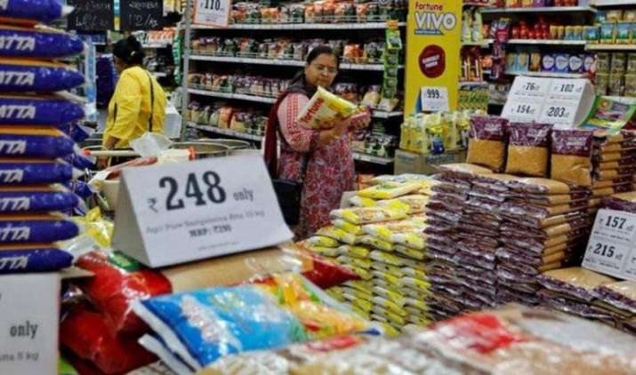खुदरा (CPI) मुद्रास्फीति फरवरी में बढ़कर 3.65 प्रतिशत हुई, खाद्य और ईंधन कीमतों में वृद्धि का हुआ असर- India TV Paisa