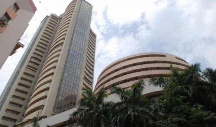 बीएसई, एनएसई शुरू करेंगे 31 मार्च से 15 कंपनी शेयरों में एफ एंड ओ- India TV Paisa