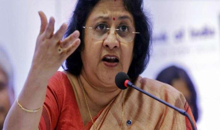 न्यूनतम बैलेंस न होने पर जुर्माना वसूलने को SBI ने बताया उचित, कहा जन-धन खातों के लिए है पैसे की जरूरत- India TV Paisa