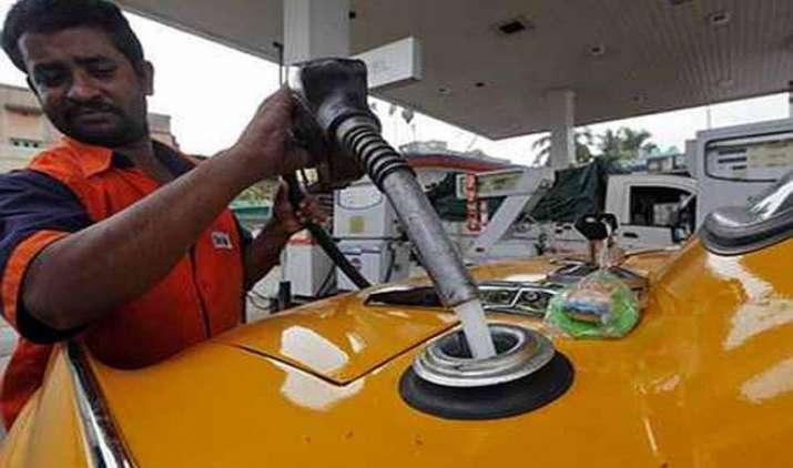 गोवा में 5 रुपए लीटर महंगा होगा पेट्रोल, सरकार ने वैट बढ़ाकर किया 15 प्रतिशत- India TV Paisa