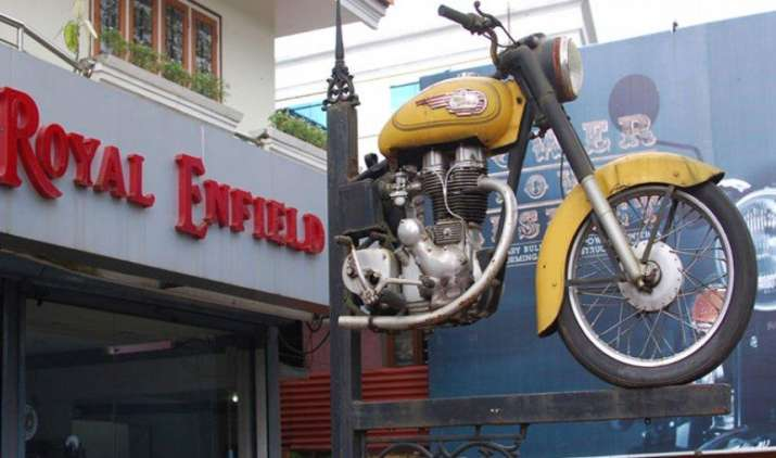 रॉयल एन्फील्ड ने पेश किया 650 सीसी का नया इंजन, अप्रैल 2018 तक कंपनी पेश करेगी दो नई बाइक- India TV Paisa