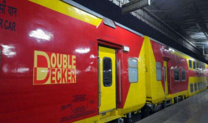 रेलवे कारोबारियों के लिए चलाएगी AC डबल-डैकर ट्रेन, एक रात में पूरा होगा सफर- India TV Paisa