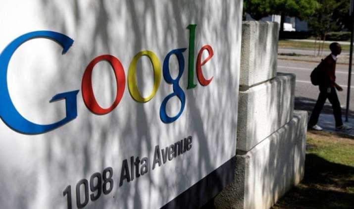 Google ने Apple के इंजीनियर मनु गुलाटी को दी बड़ी जिम्मेदारी, बनाएंगे आइफोन को टक्कर देना वला नया पिक्सल फोन- India TV Paisa