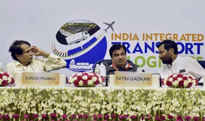 देश का कर राजस्व दो सालों में 30 लाख करोड़ तक पहुंचने की उम्मीद, जीएसटी और नोटबंदी से होगी बढ़ोतरी- India TV Paisa