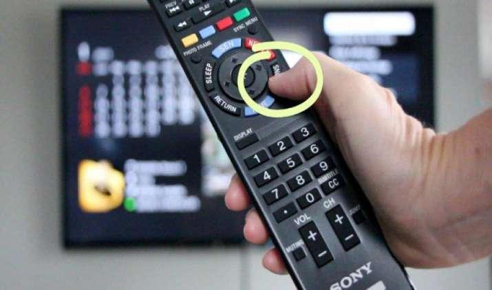 सोनी भारत में लॉन्च करेगी यूट्यूब बटन वाला रिमोट, प्रीमियम टीवी बाजार में उपस्थिति मजबूत करने की कोशिश- India TV Paisa