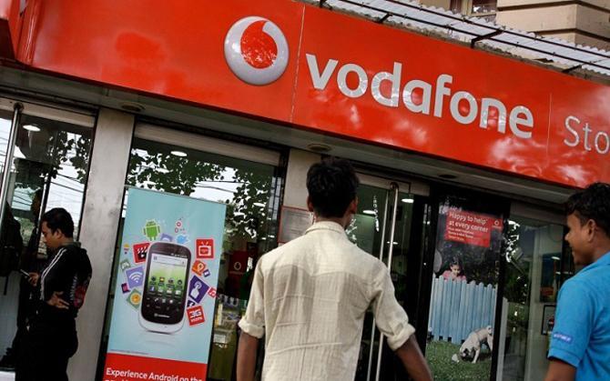 Vodafone दे रहा है Free में 45 GB 4G डेटा और वोडाफोन प्ले सब्सक्रिप्शन, लेकिन ये हैं शर्त- India TV Paisa
