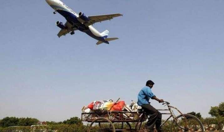 Monsoon Sale: IndiGo के साथ कीजिए सिर्फ 899 रुपए में हवाई सफर, जानिए किस रूट पर कितना है किराया- India TV Paisa
