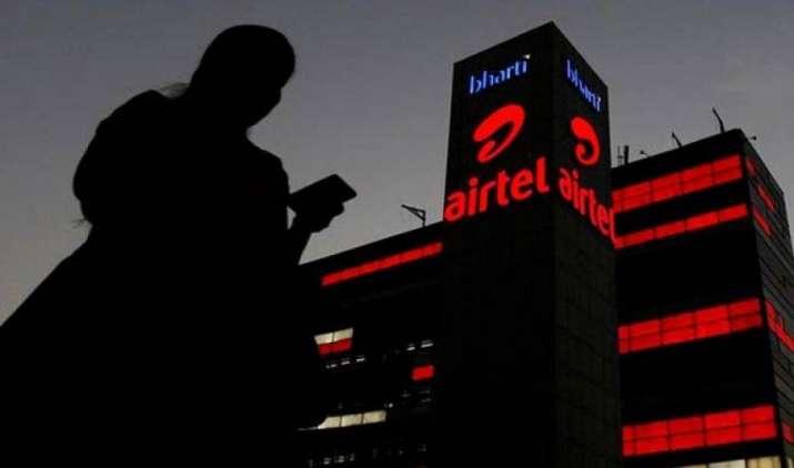 जियो की वजह से 76% घट गया एयरटेल का मुनाफा, 3 महीने में जुड़े सिर्फ 14 लाख नए ग्राहक- India TV Paisa