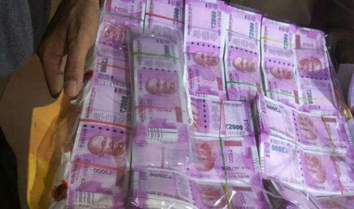 अर्थव्यवस्था में जान फूकेंगे सरकारी बैंक, बैंकों को 2.11 लाख करोड़ की पुन:पूंजीकरण की योजना को मिली मंजूरी- India TV Paisa