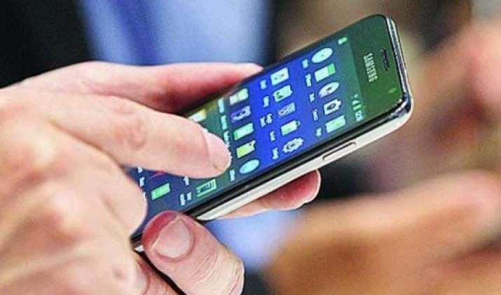 बढ़ने वाला है आपका मोबाइल बिल, एयरटेल, आइडिया और वोडाफोन ने IUC चार्ज डबल करने का बनाया दबाव- India TV Paisa