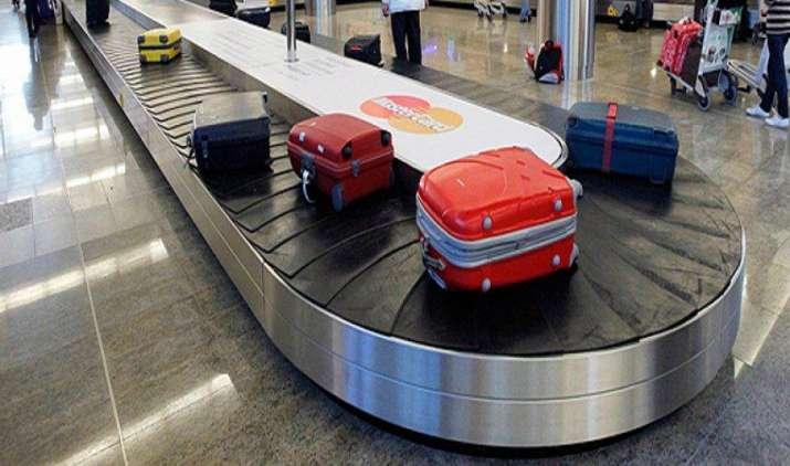 हवाई यात्रा के दौरान 15 किलो से ऊपर बैगेज पर देना पड़ेगा ज्यादा शुल्क, प्रति 1 किलो के लगेंगे 250 रुपए- India TV Paisa
