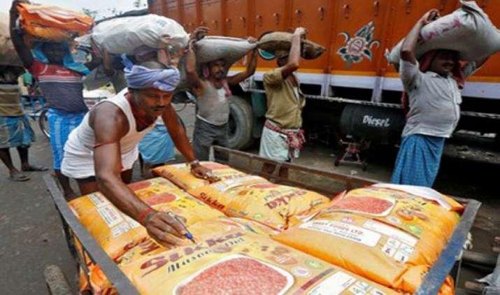 जुलाई-अक्तूबर के लिए निर्यातकों ने 6,500 करोड़ रुपये के रिफंड का दावा किया : वित्त मंत्रालय- India TV Paisa