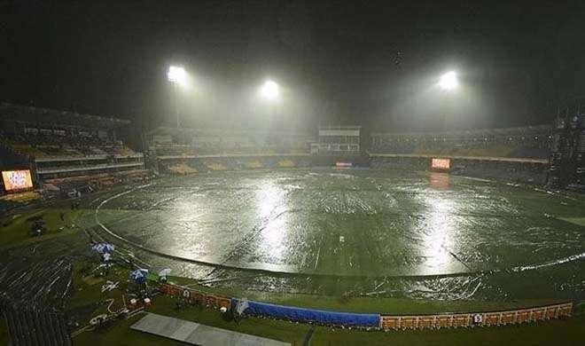 rain in stadium- India TV Hindi