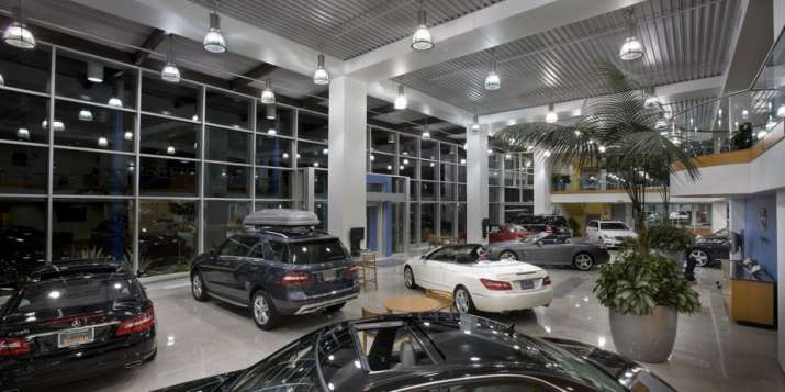 car showroom- India TV Paisa
