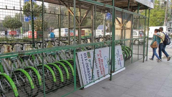 Metro Cycle Stand- India TV Paisa