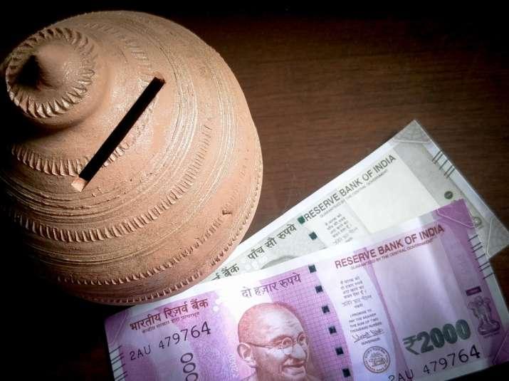 Lok Sabha passes Gratuity and Specific Relief Amendment Bills- India TV Paisa